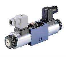 Bosch Rexroth 4WE10D5X/EG24N9K4/M DISTIRBUTORE SIZE 10