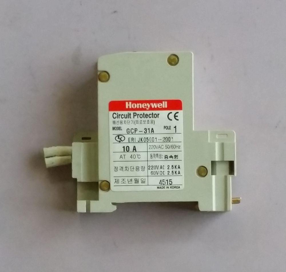 HONEYWELL GCP-31A  AC/DC 10A 1P Circuit Protector